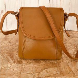 VTG Coach Inglish tan Crossbody Soho mini Flap Bag